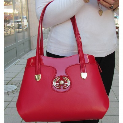 Accademia piros táska