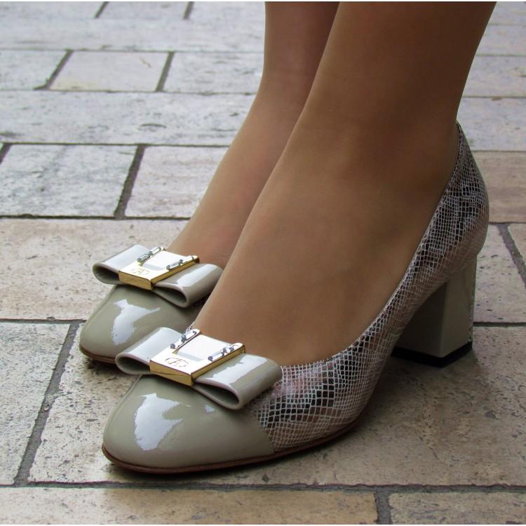 Accademia bézs mintás cipő