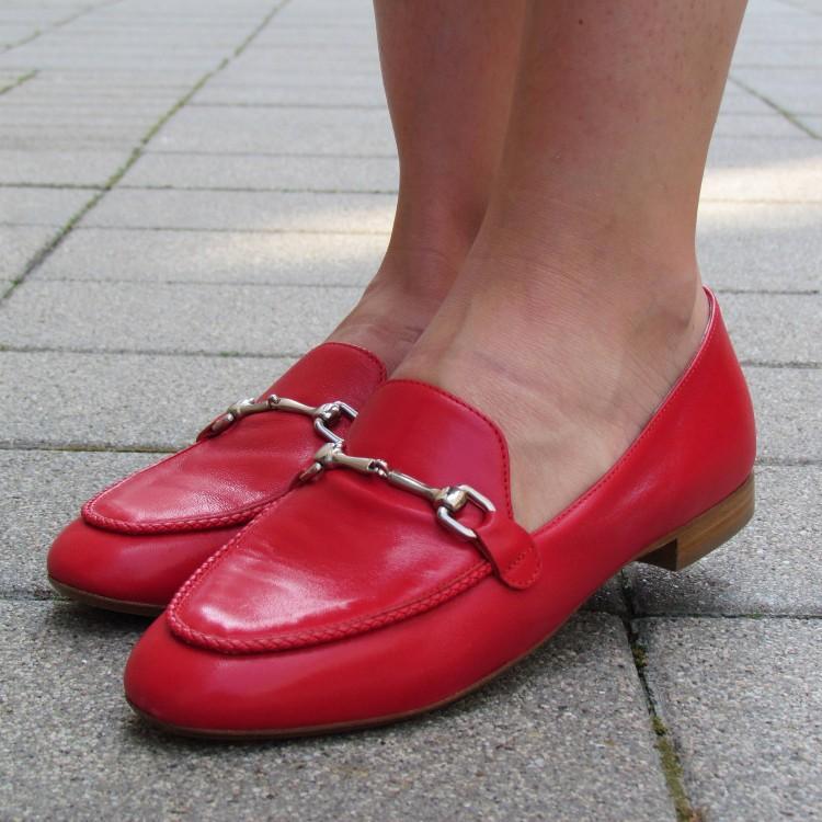 Alexandra piros mokaszin