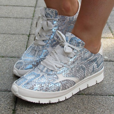 Alexandra kék-ezüst fűzős cipő
