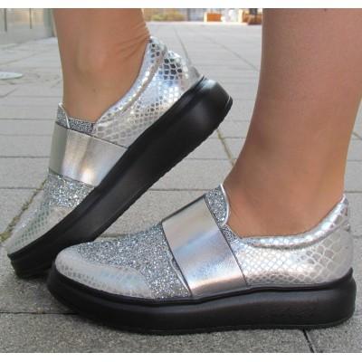 Cango & Rinaldi ezüst, glitteres slipon