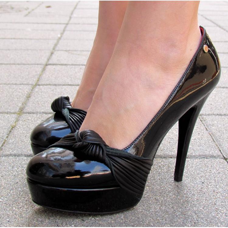 Cango & Rinaldi fekete lakk platformos cipő