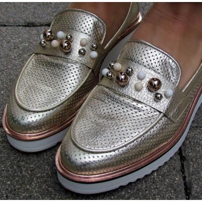 Dansi arany cipő