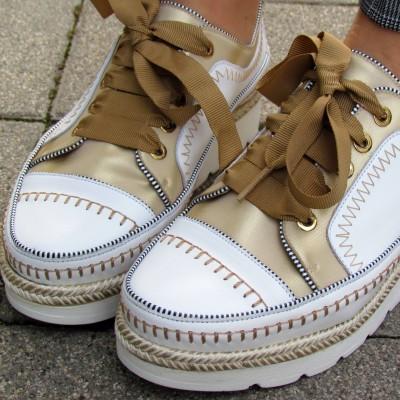 Dansi fehér-arany cipő