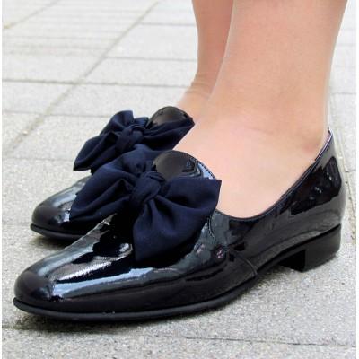 Gabriele éjkék lakk cipő
