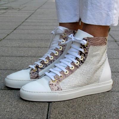 Loretta Pettinari fehér magasszárú cipő
