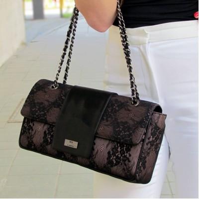 Nouchka fekete-csipke táska