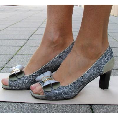 Nouchka elöl nyitott cipő