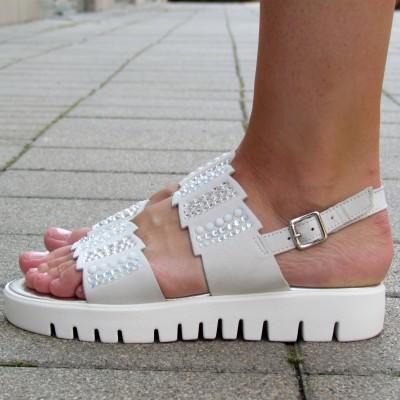 Chiara Pasquini fehér szandál