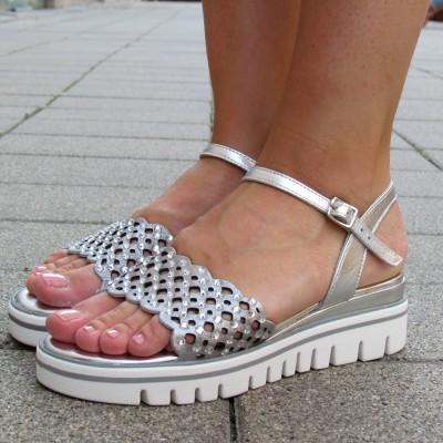 Chiara Pasquini ezüst szandál