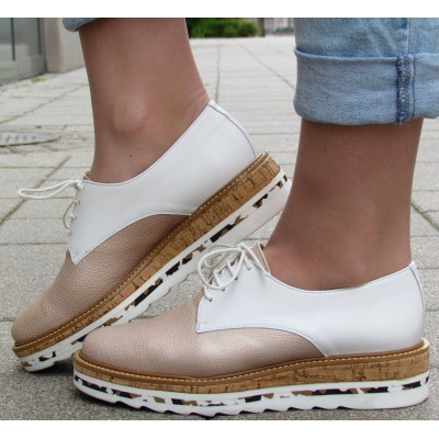 Pertini bézs-krém fűzős cipő