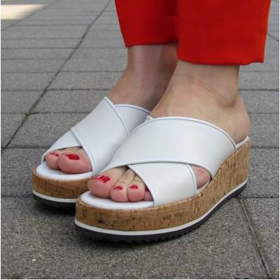 Pertini fehér telitalpú papucs