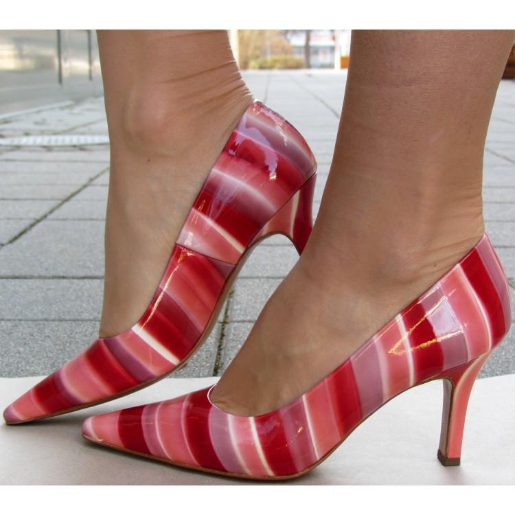 Peter Kaiser csíkos magassarkú cipő