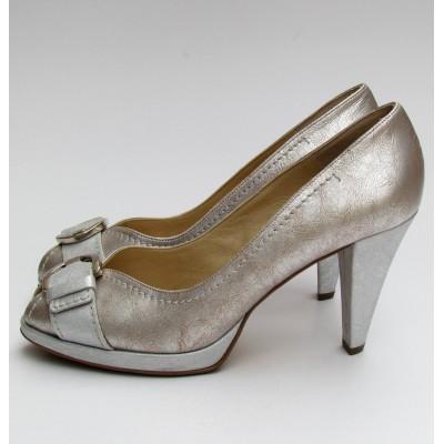 Peter Kaiser ezüst-arany elöl nyitott cipő