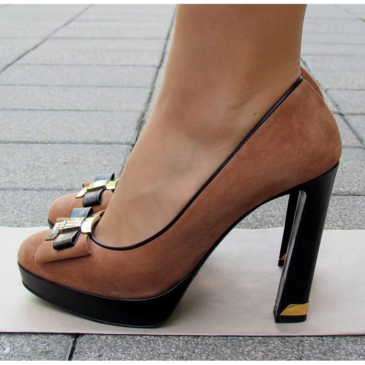 Sandro Vicari barna velúr cipő
