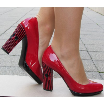 Sandro Vicari piros cipő