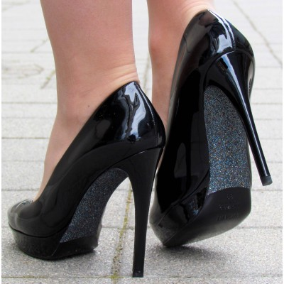 Sandro Vicari fekete lakk magas cipő