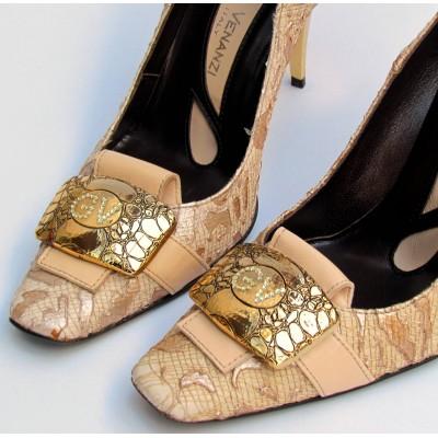 Giuliano Venanzi csipkés arany cipő