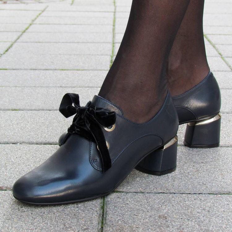 Zocal bársony fűzős cipő