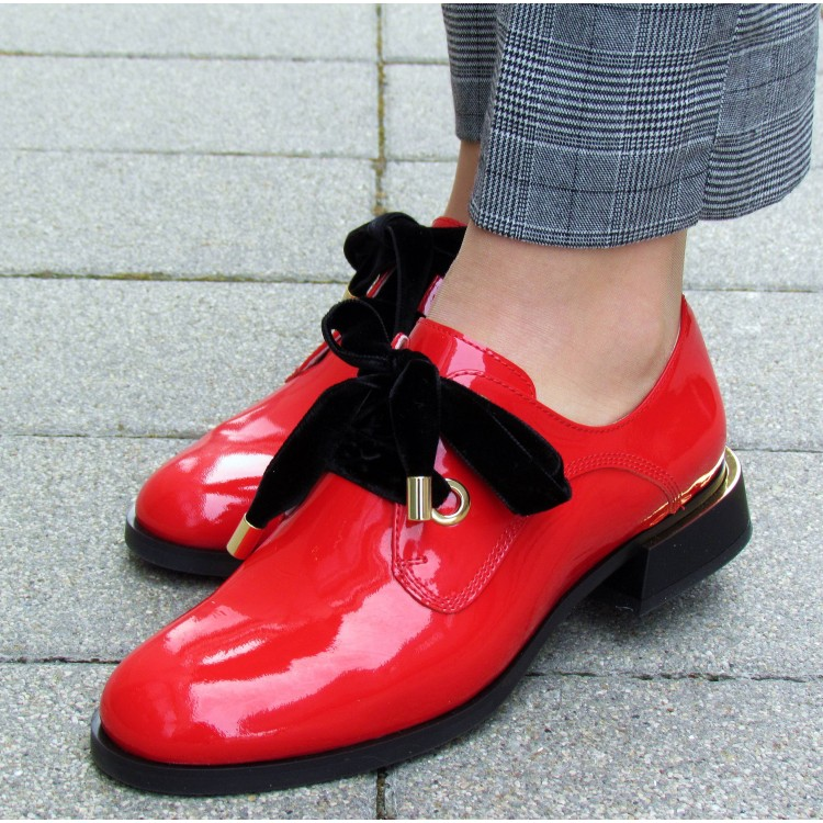 Zocal piros bársony fűzős cipő
